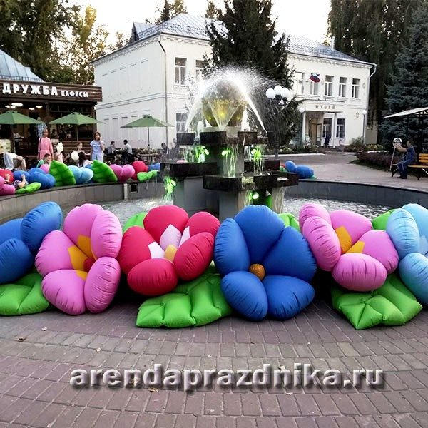 Надувные декорации, шары, украшение шарами